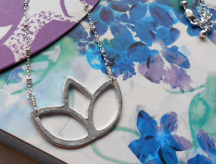 Lotus Cuttout Necklace