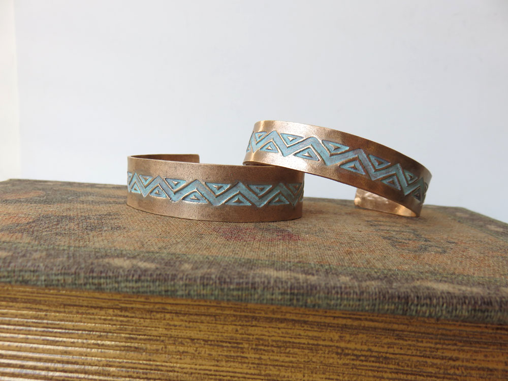 Aztec Bangle - Medium Width