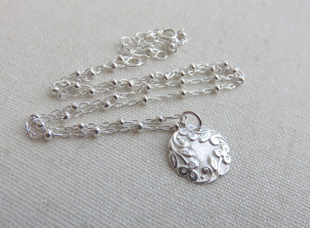 Alice Necklace in Silver