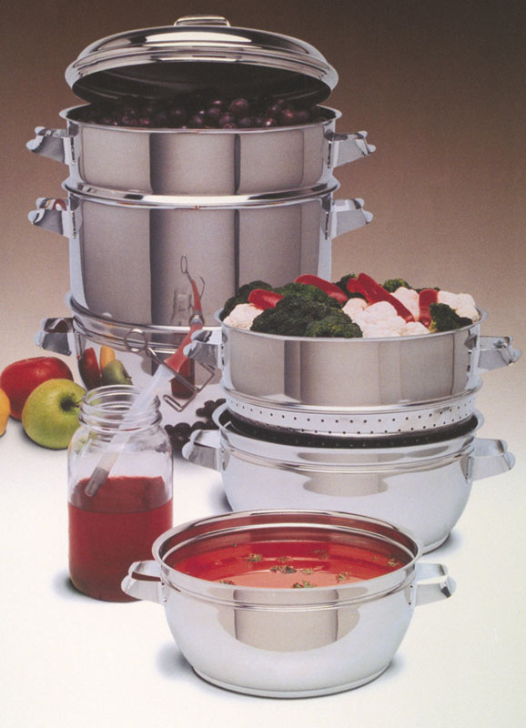 steam juicer, stainless steam juicer, presserving juice, making homemade juice, canadian steam juicer, steam juicers canada,